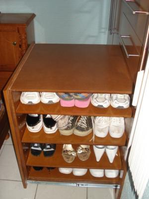 Zapatera de closet closets cocinas y proyectos de chihuahua for Zapatera de closet