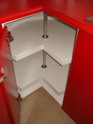 Interior del esquinero inferior de cocina integral - Esquinero cocina ...