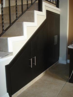 Closets cocinas y proyectos de chihuahua for Closet en escaleras